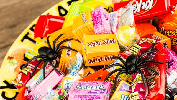 Calories, Sugar, Fat: Here's How Your Favorite Candy Stacks