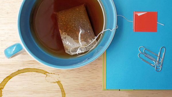 Don't Let Tea Stains on Teeth Spoil Your Smile