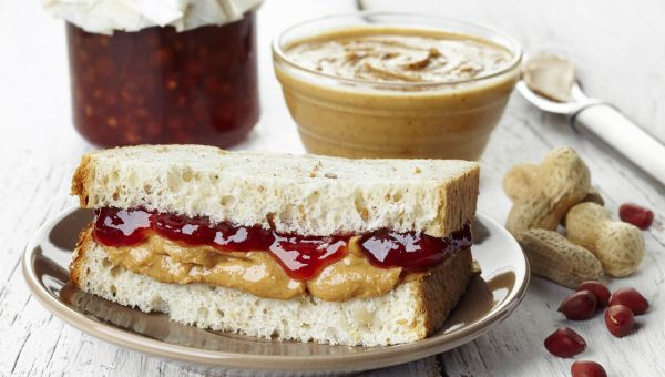 Lowering Cholesterol Naturally with a PB&J