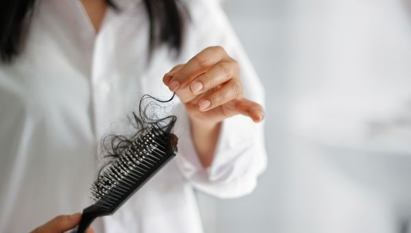 how to tell if your hair is falling out