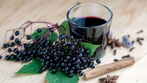 Elderberry: The Natural Flu Remedy