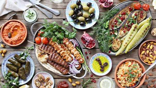 10 Easy Ways to Eat Mediterranean on a Budget