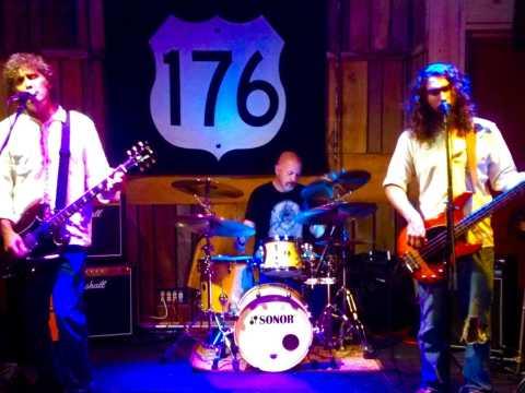 176 Band
