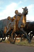 land run statue