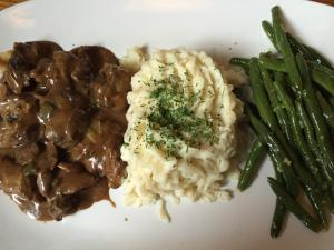 Molly Malone's Beef Tips