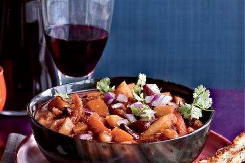 chili and wine pairing at JD Wine Cellars on Long Acres Farm