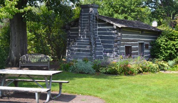 Lincoln Cabin