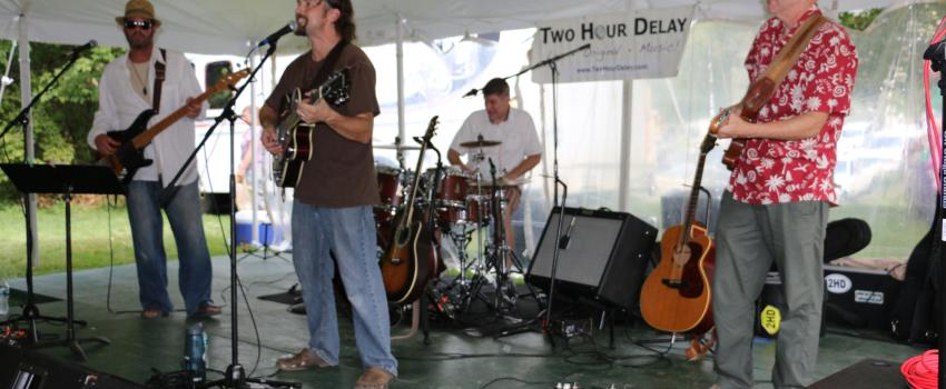 2015-naples-grape-festival-naples-band-two-hour-delay-performing-live