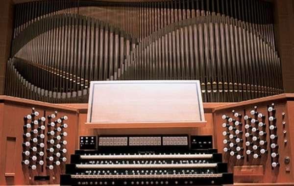 FREE Farmers' Market Organ Concert
