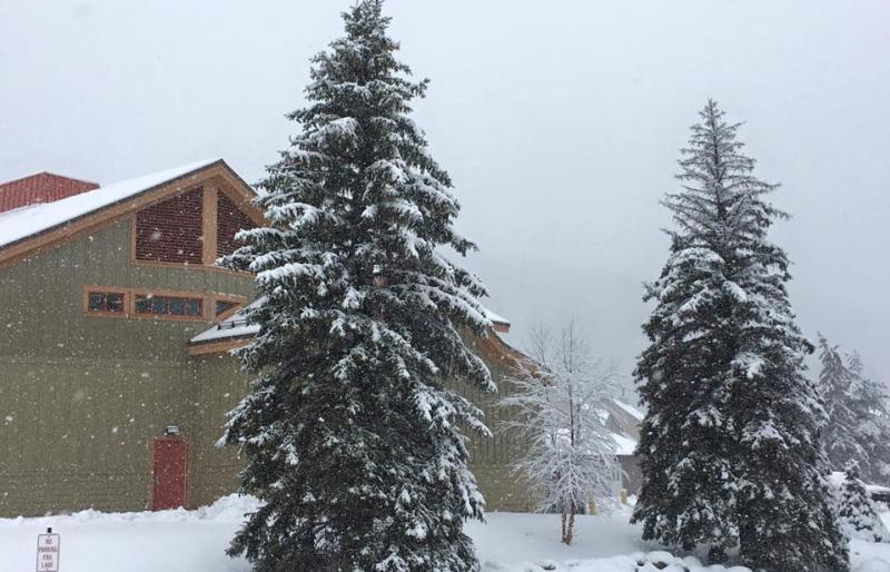 drew-broderick-snow-winter-scenic