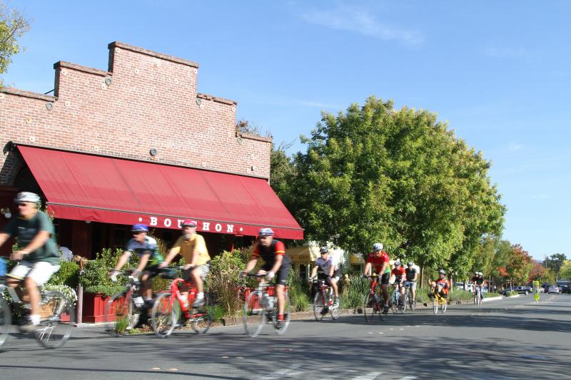 Riding Bikes in Yountville, Napa Valley