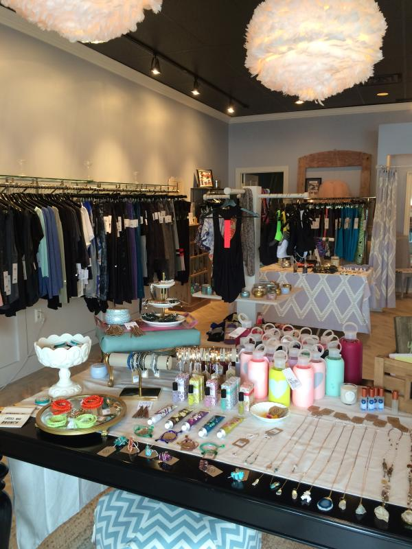 Idlehour boutique shopping