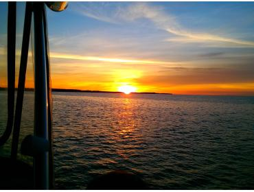Sunset Cruise Package for 2 to 4 people