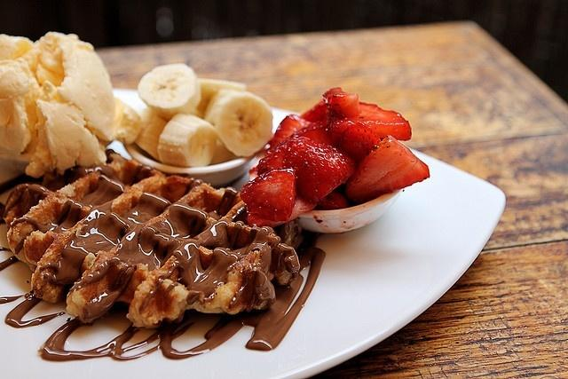 Max Brenner - Chocolate by the Bald Man
