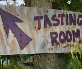 copy_of_jt_notaviva_tasting_room_sign.jpg