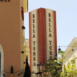 Bella Terra Shopping Center