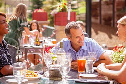 Deck-Dining-Summer