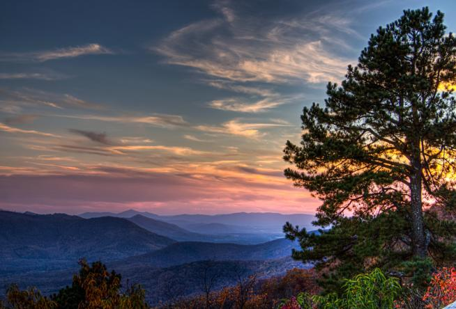 Car Rental Roanoke Va: 7 Iconic Overlooks On The Blue Ridge Parkway In Virginia's