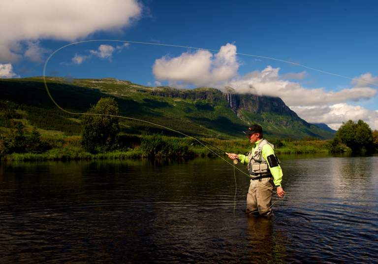 Fly-fishing in Hemsila, Hemsedal