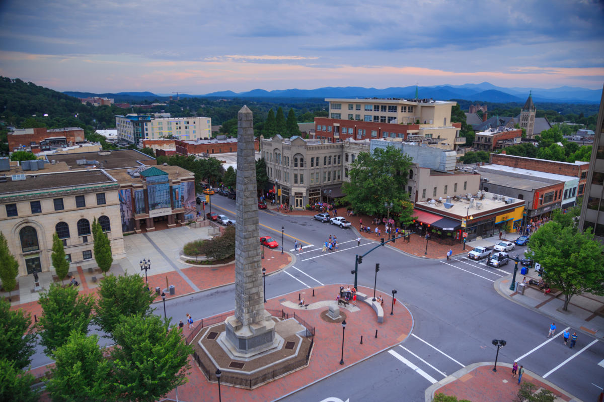Best Small Towns To Live In Downtown Asheville Nc S Official Travel Site