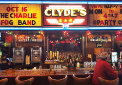 Clyde's on Main