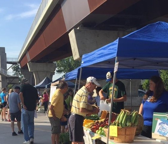 jeff-farmers-market-pic