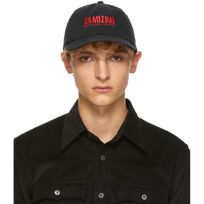 YANG LI BLACK SHORT CIRCUIT CAP