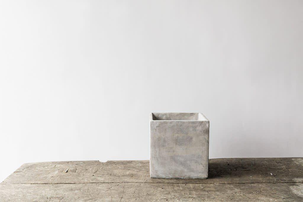 Large Square Concrete Plant Pot (14cm w x 14cm h)