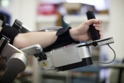 Fong robot arm 300x200