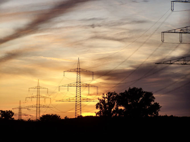 Australian electricity supply industry - lessons for a prospective energy transition