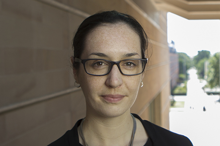 Dr Melissa Crouch