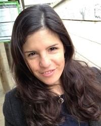 Dr Camila Correa