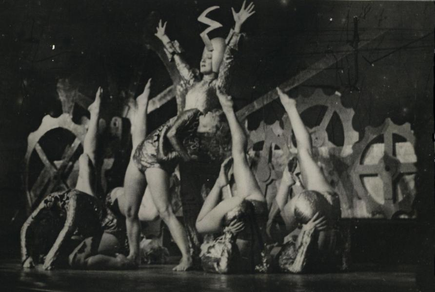 The Demon Machine, London Casino Revue, Australia 1939. In the first Australian production of 'The Demon Machine', the set shows a series of interlocking cogs which adds to the dramatic effect of the bodies in the machine. Picture: National Library of Australia