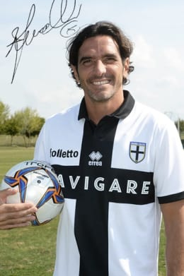 OFFICIAL FIRST TEAM JERSEY SIGNED BY ALESSANDRO LUCARELLI