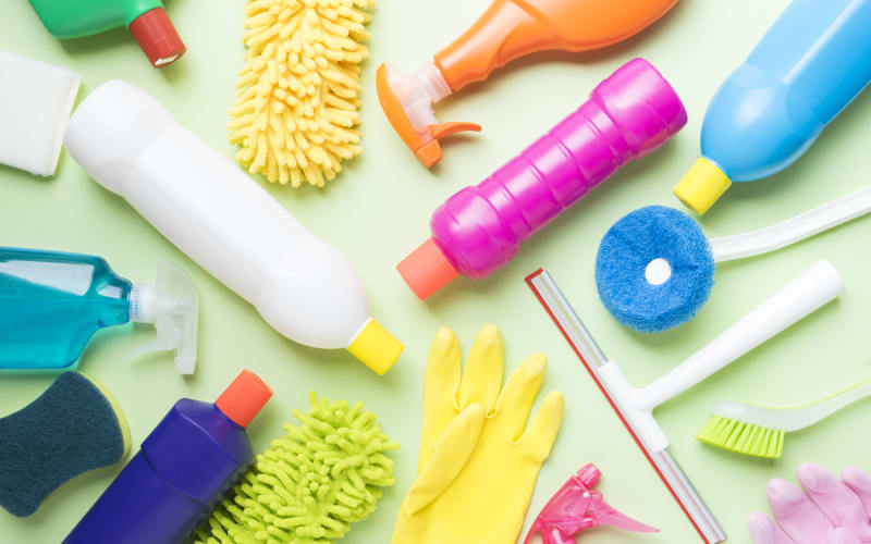 7 Safer Products for Spring Cleaning Your Home