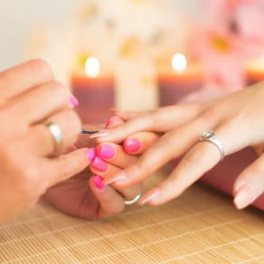 Gel express manicure for £25*