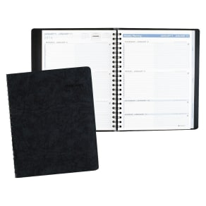 At-A-Glance the Action Planner Weekly Appointment Book 8 1/8 X 10 7/8 Black 2018