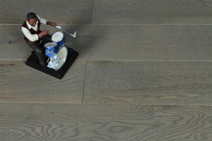 Natural Engineered Oak Sahara Grey Brushed UV Lacquered 18/4mm By 125mm By 300-1500mm