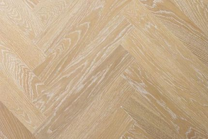 Prime Engineered Oak Herringbone Sunny White Brushed UV Oiled 15/3mm By 97mm By 582mm