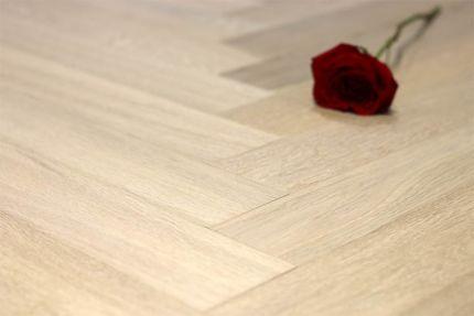 Natural Engineered Flooring Oak Herringbone White UV Oiled 15/3mm By 90mm By 450mm