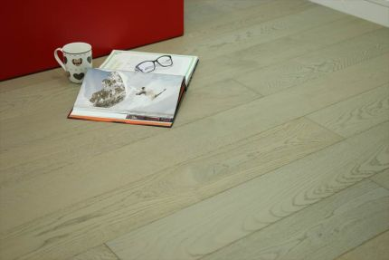 Natural Engineered Flooring Oak UK Grey Brushed UV Oiled 14/3mm By 150mm By 400-1500mm