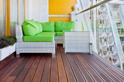 Red Balau Hidden Fixing Reeded Hardwood Decking Boards 21mm By 120mm By 3962-4572mm