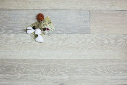 Select Engineered Flooring Oak Brushed White UV Oiled 13.5/2.5mm By 170mm By 1800mm