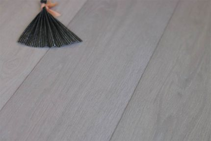 Select Engineered Flooring Oak Click Polar White Brushed UV Lacquered 14/3mm By 190mm By 1860mm
