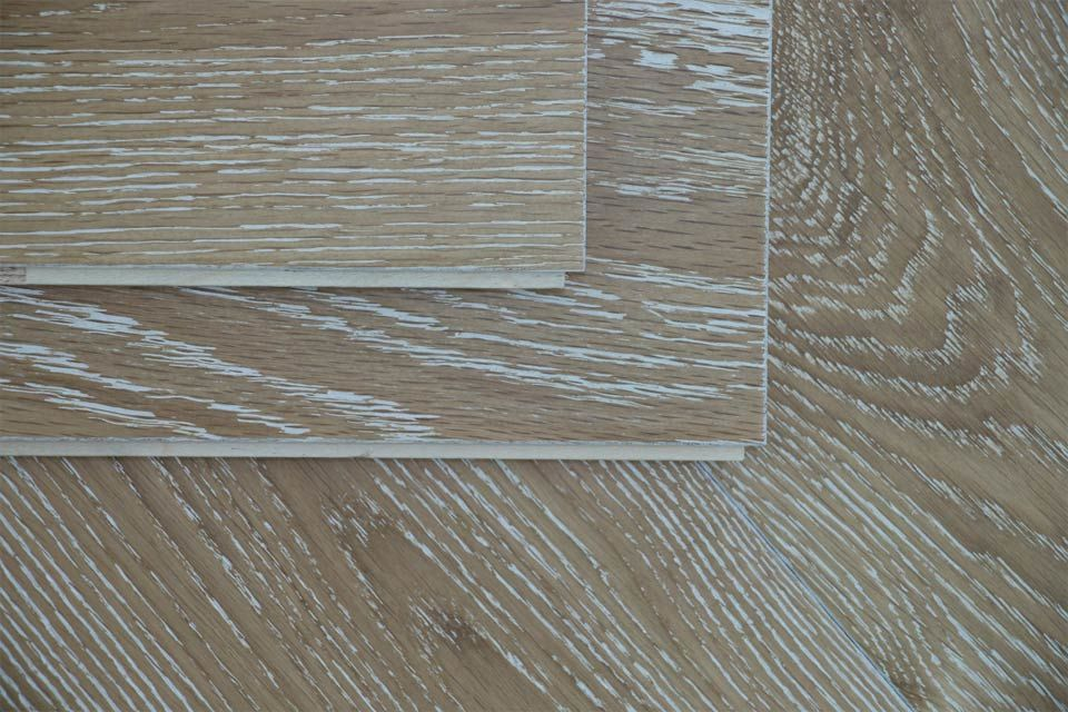 Natural engineered flooring oak white washed brushed uv for Engineered wood floor 6mm