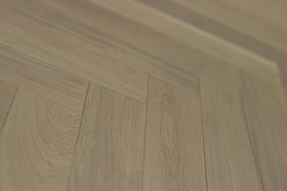 Natural Engineered Flooring Oak Herringbone White Uv Oiled 15 3mm By 90mm 450mm