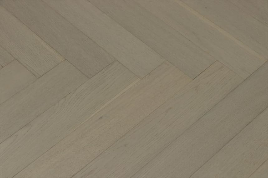 Natural Engineered Flooring Oak Herringbone White Pearl Brushed UV Lacquered 15/4mm By 90mm By 600mm