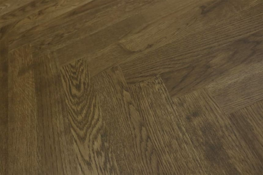 Natural Engineered Flooring Oak Herringbone Cognac UV Oiled No Bevel 11/3.6mm By 70mm By 490mm