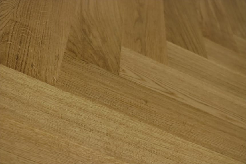 Prime Engineered Flooring Oak Herringbone UV Lacquered 143mm By 126mm By 1000mm