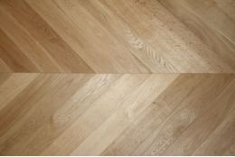 Prime Engineered Oak Chevron Brushed UV Oiled 15/4mm By 90mm By 610mm